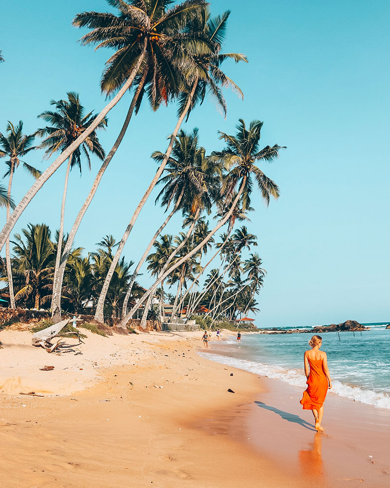 What to wear in Sri Lanka - me walking down the beach