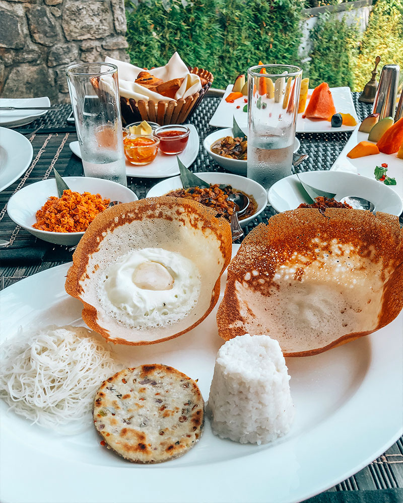 A traditionla Sri Lankan breakfast in Ella