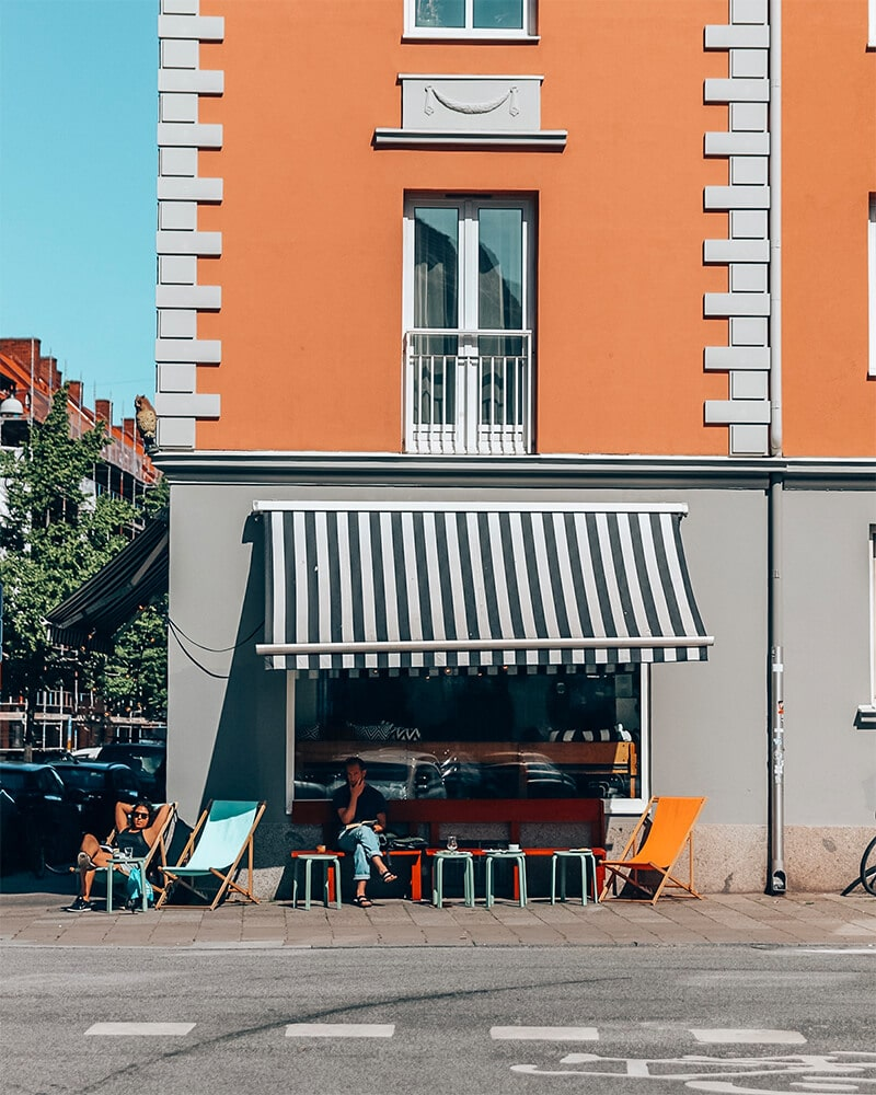 Front of the Uggla Kaffebar, view from the street.