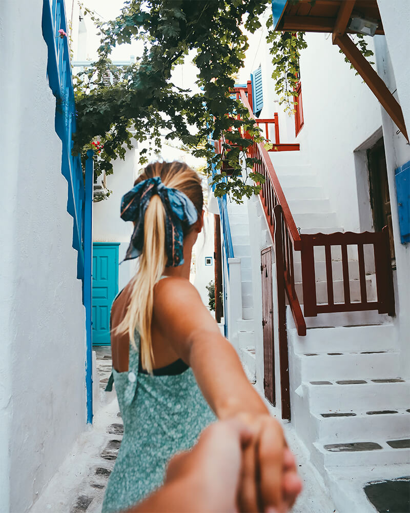 'Follow me' style photo in Mykonos Town