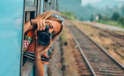 Solarpoweredblonde with a Canon Camera in Sri Lanka - best camera for travel photography!