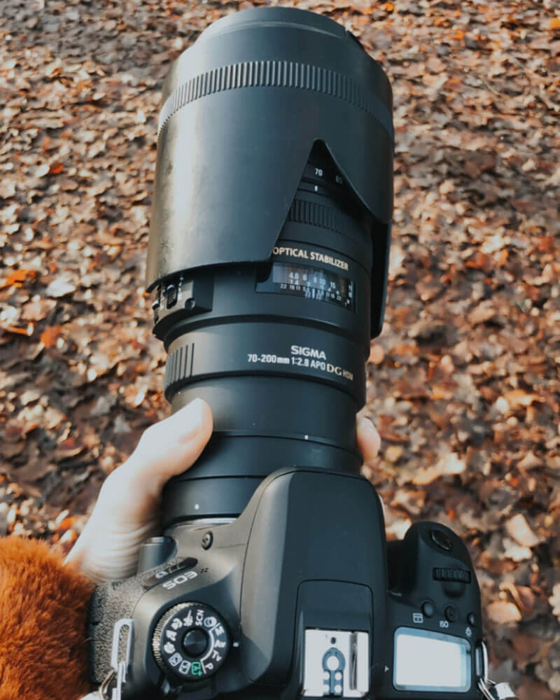 The canon 77D with a 70-200mm lens - best camera for travel photography