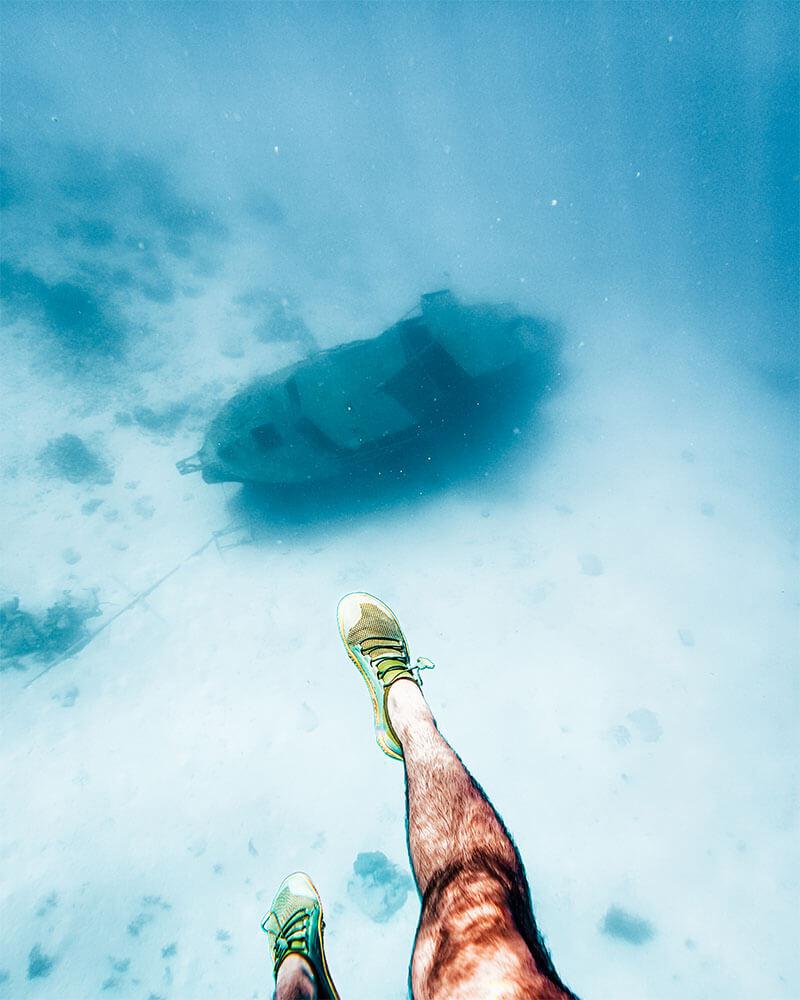 Swim to a small wreck in Aruba